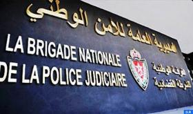 الدار البيضاء ..ضابط شرطة يضطر لاستخدام سلاحه الوظيفي لتحييد الخطر الصادر عن شخص عرض سلامة المواطنين وعناصر الشرطة للتهديد