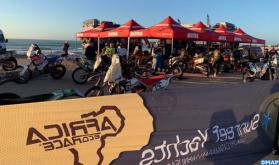 """الدورة الـ 12 لرالي """"أفريكا إيكو رايس"""" الدولي: قافلة المشاركين تحط الرحال بالداخلة"""