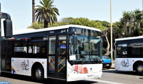 """عمال حافلات """"شركة ألزا"""" للنقل الحضري بالرباط وسلا وتمارة يخوضون إضرابا عن العمل"""