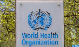 La OMS llama a acelerar la vacunación pese a la caída de los contagios