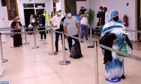 Llegan al aeropuerto de Laayún 109 marroquíes repatriados desde las Islas Canarias