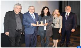 La periodista de origen marroquí Souad Mekhennet recibe en Los Ángeles el premio Simon Wiesenthal