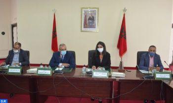 Mme Fettah Alaoui tient une rencontre avec les professionnels du secteur du tourisme de la province d'Al Hoceima