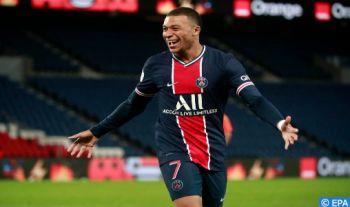Ligue 1: Le PSG bat Saint-Etienne 3-2