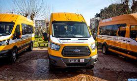 INDH: Remise de 19 bus scolaires au profit de communes rurales de la province de Kénitra