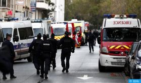 Attaque à l'arme blanche à Paris, plusieurs blessés