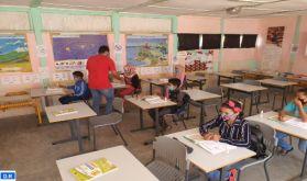 Essaouira : Distribution de masques de protection et de gels hydroalcooliques au profit des écoliers à Aït Daoud