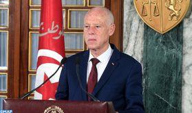 Le président tunisien démet le chef du gouvernement et suspend les travaux du parlement