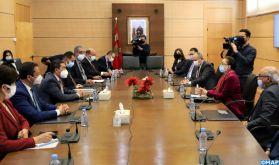 Signature à Rabat des avenants aux accords spéciaux pour la création de 100 classes préscolaires dans trois régions du Royaume