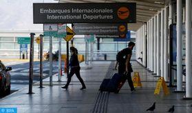 Contrôle de température et questionnaire de santé pour les voyageurs arrivant en Espagne