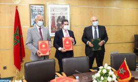 Signature à Rabat d'une convention cadre pour le développement de la recherche scientifique et de la digitalisation de l'enseignement au Maroc
