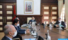 Le Conseil de gouvernement adopte un projet de décret portant sur l'inscription des guides touristiques à la CNSS