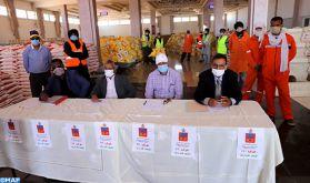 Covid-19: Distribution d'aides alimentaires au profit de 20.000 familles nécessiteuses à Laâyoune