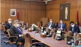 Rabat: Signature d'un mémorandum d'entente pour l'acquisition de vaccins anti-Covid 19