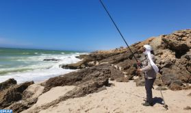 Les plages de Dakhla: Un refuge pour les amateurs de la pêche à la canne durant le Ramadan