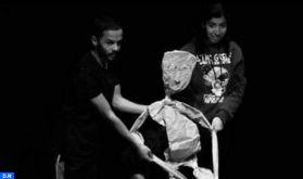 Coronavirus : quand le chez-soi fait office de scène de théâtre