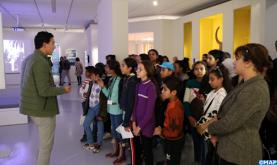 """Académie du Royaume: Des élèves effectuent une visite pédagogique de l'exposition """"Trésors de l'Islam en Afrique"""""""