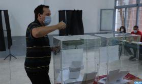 Ouverture des bureaux de vote pour les élections législatives, communales et régionales